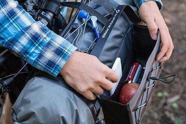 Blackburn Outpost Elite Hitchhiker Handlebar Bag Blackburn Outpost Elite Hitchhiker Handlebar Bag