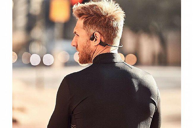 AfterShokz XTrainers Waterproof Bone Conduction MP3 Headphone AfterShokz XTrainers Waterproof Bone Conduction MP3 Headphone