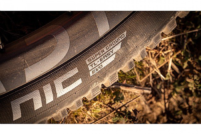 Schwalbe NOBBY NIC Super Ground 27.5 Inch MTB Tire Schwalbe NOBBY NIC Super Ground 27.5 Inch MTB Tire