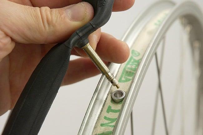 Wheels Mfg  Presta Stem Savers Stem Savers - Insert presta valve stem