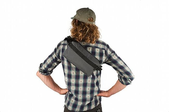 Road Runner Lil Guy Mini Pack Grey - One Size
